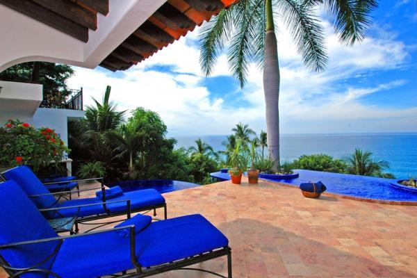 Villa Vista de Aves 3-5 Bedroom 1