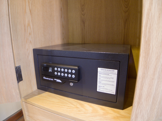 Victoria Suites - Unit 202 19