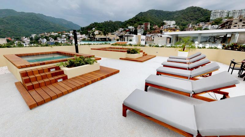 Paradise - Pavilion 36