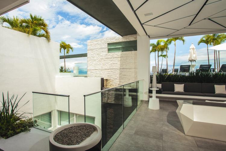 D Terrace Penthouse 4  34