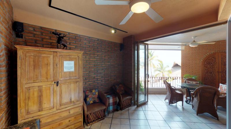 Casa Antonio Beachfront 4