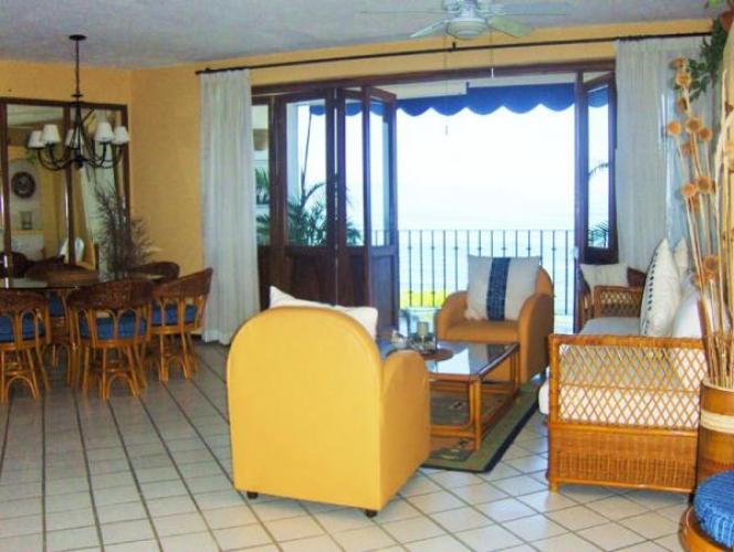 Punta Esmeralda 601 8