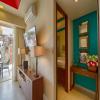V177 402 Studio Lovers Nest 55
