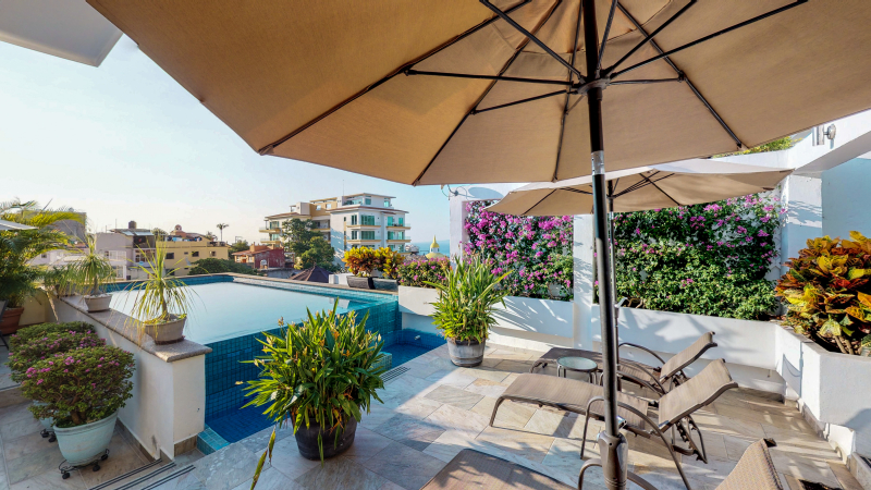 Jacarandas Penthouse with Private Pool 1
