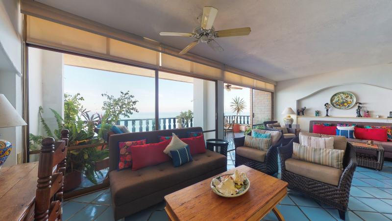 Condo Playa Bonita 601 12