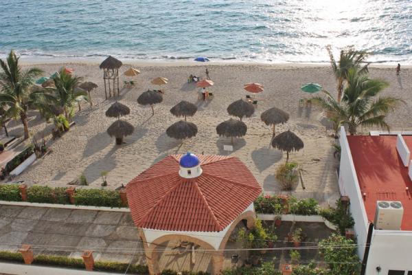 Condo Playa Bonita 601 53