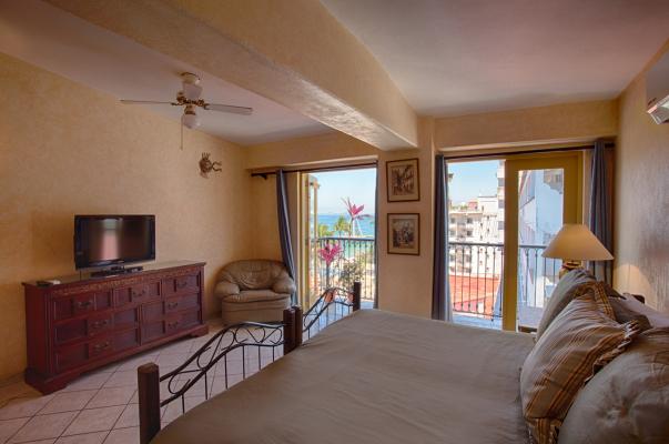 Aurora Del Sol Penthouse One Beach Street Vallarta 30