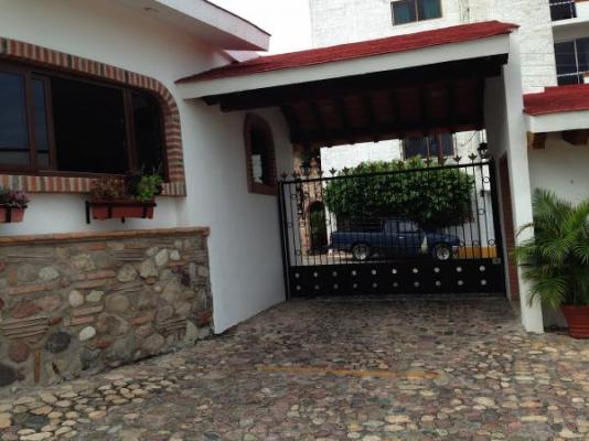 Parrot condo at Puesta Del Sol 24