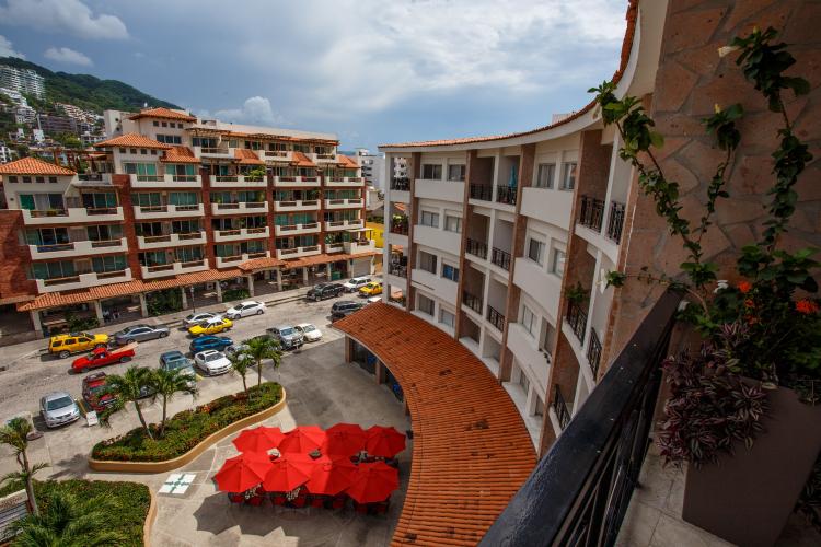 Rivera Molino Penthouse 8 47