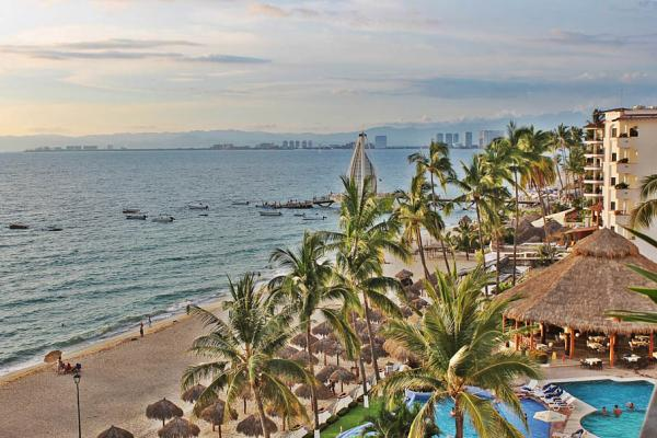 Condo Playa Bonita 601 56