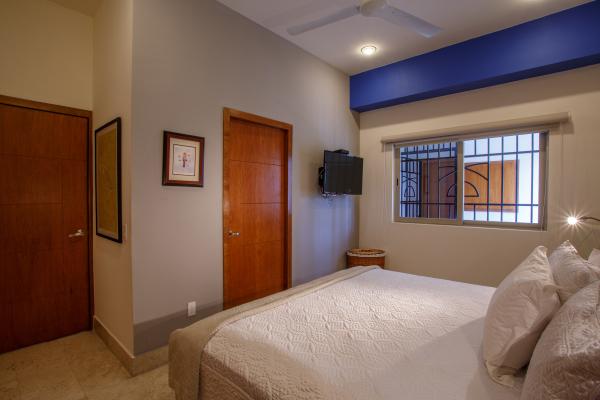 Rivera Molino Penthouse 8 23