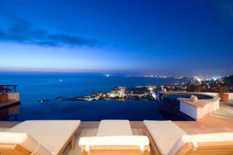 Villa Ventana 4-6 Bedroom 3