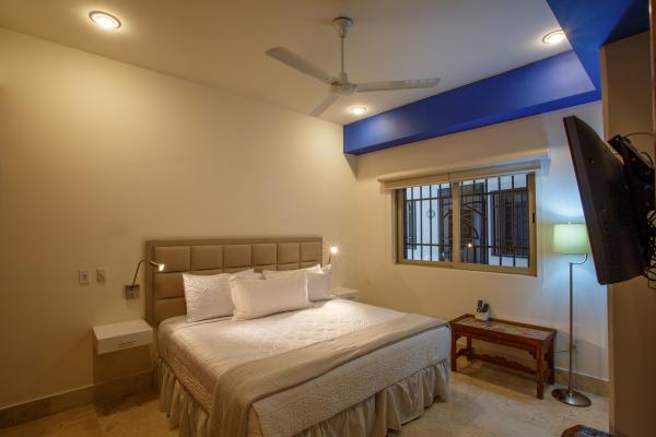 Rivera Molino Penthouse 8 11