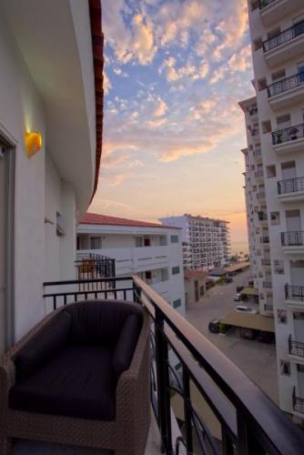 Rivera Molino Penthouse 16 19