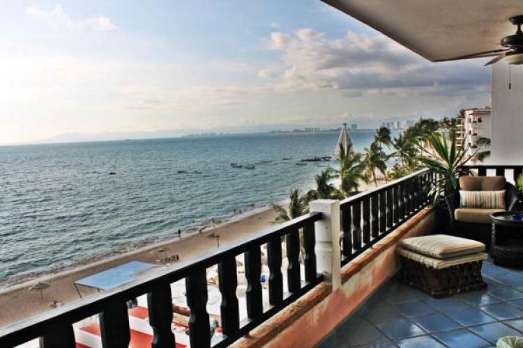 Condo Playa Bonita 601 45