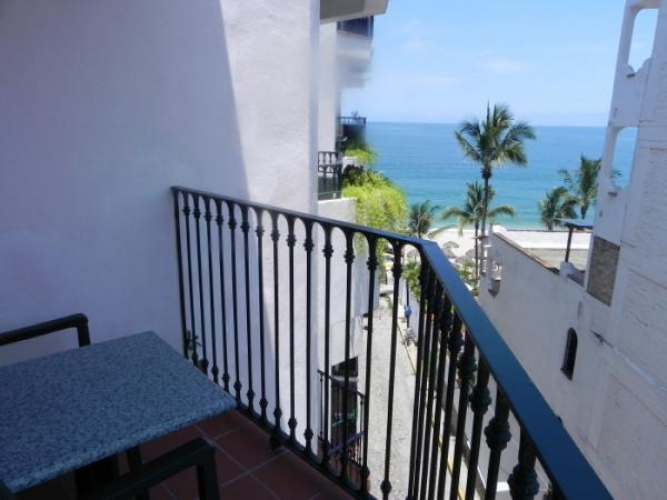 One Beach Street Vallarta 607B 1