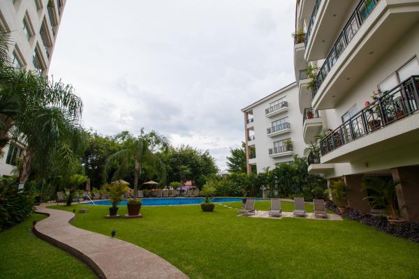 Rivera Molino Penthouse 8 34