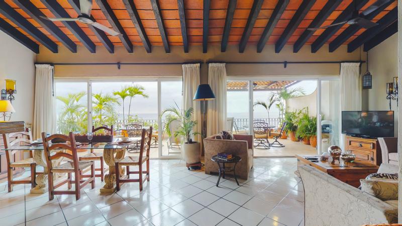 Estrellita Del Mar Penthouse 502 8