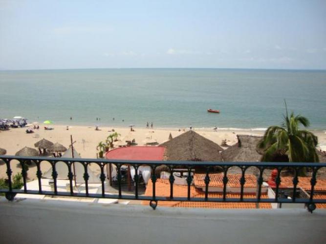 One Beach Street Vallarta 402A 8