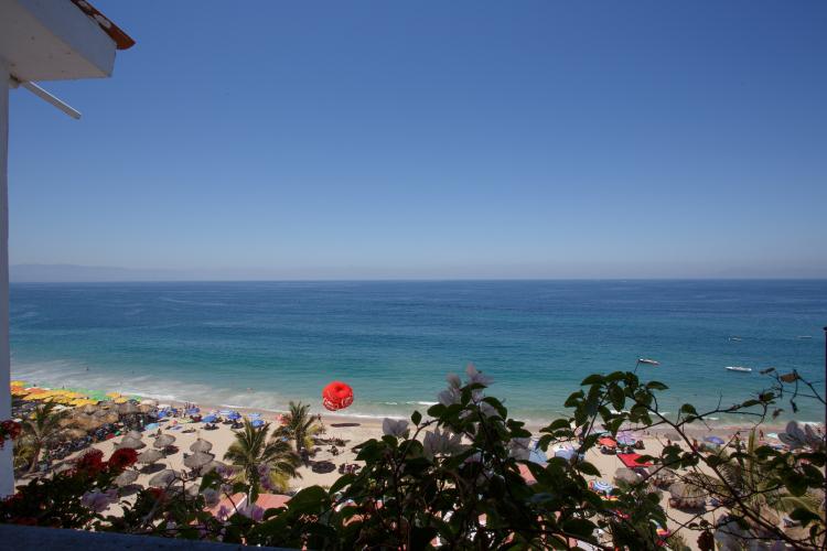 Aurora Del Sol Penthouse One Beach Street Vallarta on Los Muertos Beach 16