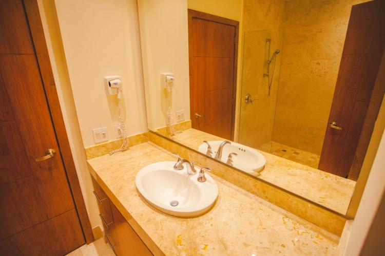 Rivera Molino Penthouse 8 19