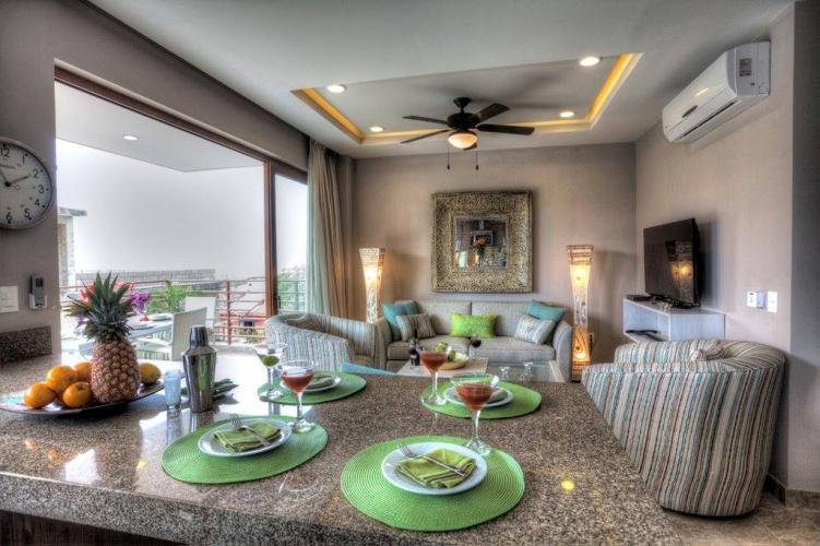 Residences by Pinnacle 105 6