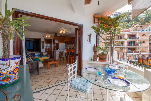 Villa Santa Barbara 403 1