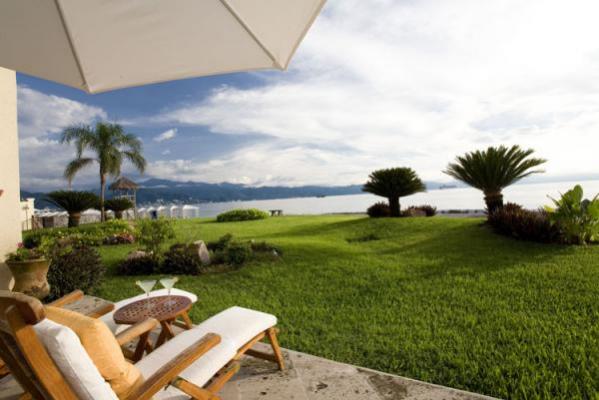 Villa At Bay View Grand 18