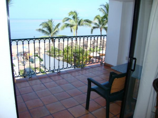One Beach Street Vallarta 304A 2